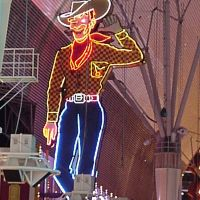 Famous Cowboy on Fremont St., Норт-Лас-Вегас
