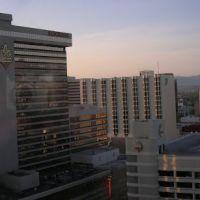 Reno at Sun Up, Рино