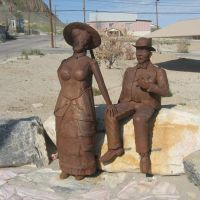 Old couple, Tonopah, Nv 05-04-08, Тонопа