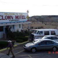 Tonopah Clown Motel & Cemetary, Тонопа