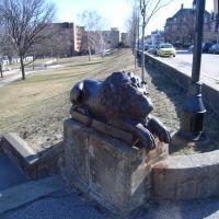Lion Statue, Манчестер