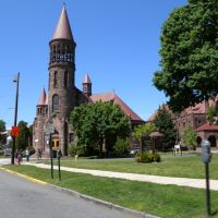 Church, Блумфилд