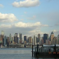 NYC From Port Imperial Ferry Terminal 4-6-2007, Гуттенберг