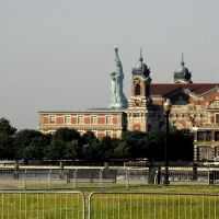 Seeing The Stature From The Ferry Depot, Джерси-Сити