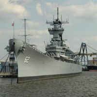 USS New Jersey BB-62 from river taxi, Камден