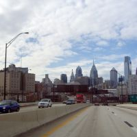 Philadelphia from I-95, Камден