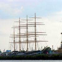 Moshulu 4-masted tallship/restaurant Penns Landing Philadelphia PA, Камден