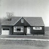Home 1952, Ливингстон