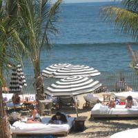 Luxury Beach, Лонг-Бранч