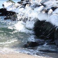 Icy Rocks, Лонг-Бранч