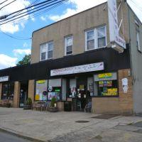 Rosebuds Sweet Shop, Натли
