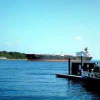 Tanker Pink Sands - Arthur Kill - PA Police Boat Marine 5 - Harborside Marina - Front St. - Perth Amboy, NJ - 10.7.2007, Перт-Амбой