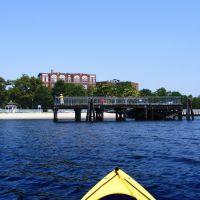 Eastern Fishing Pier - Raritan Bay -  Harborside Walk Park - Sadowsky Parkway - Perth Amboy, NJ - 8.2.2011, Перт-Амбой
