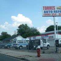 Torres Auto Repair, Элизабет
