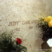 Judy Garland. Ferncliff Cemetery and Mausoleum, Ардсли