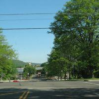 At Pine Street, Binghamton, Бингамтон
