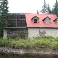 house on sumner brook, Блумингдейл