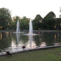 Bowne Park, Flushing, New York, Броквэй