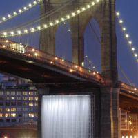 """Brooklyn Bridge during """"Waterfalls"""" (detail) [419055c], Бруклин"""