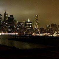 9/11 10 year anniversary Twin Tower memorial lights., Бруклин