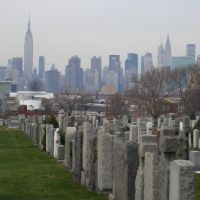 empire state building from calvary cemetery, Вудсайд