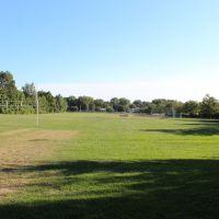 Badgerow Park South football field, Грис