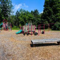 Gates Town Park - playground, Грис
