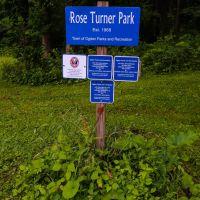 Rose Turner Park - park sign, Грис