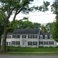 23 Brompton Road, Great Neck NY, Грэйт-Нек-Эстейтс