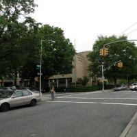 The Main Street Of Briarwood, NY, USA, Джамайка