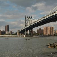 View of New York from Manhattan Bridge - New York (NYC) - USA, Ист-Патчога