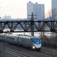 Acela Passing Co-op City, Истчестер