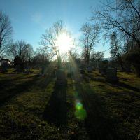 old graveyard, Thompson St., Catskill, NY, Катскилл