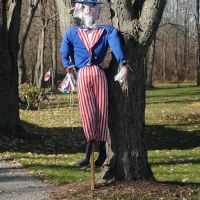 Roadside Uncle Sam, Кларенс-Сентер