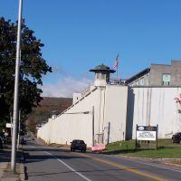 Dannemora Prison, Клинтон