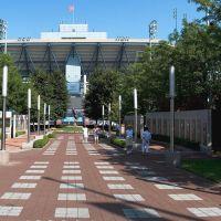 USTA National Tennis Center, Корона
