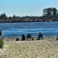 Far Rockaway Beach, Лауренс