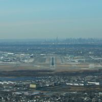 Final approach to JFK runway 31R, Лауренс