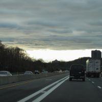 Long Island Expressway, Лейк-Саксесс