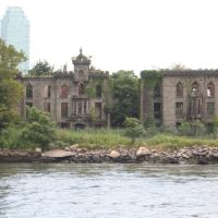 Smallpox hospital ruins, Лонг-Айленд-Сити