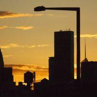 Golden Hour, Лонг-Айленд-Сити