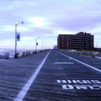 Boardwalk by Laurelton Blvd @ LBeach 2, Лонг-Бич