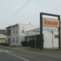 The Workshop on Broadway, Менандс