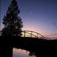Erie Canal iron bridge sunset, Миноа