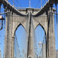 The Brooklyn Bridge - We build too many walls and not enough bridges (Isaac Newton), Нью-Йорк