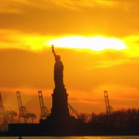 Statue of Liberty Light up the Sky, Нью-Йорк