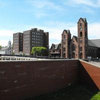 Church in Newburgh, Ньюбург