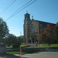 St. Alphonsus Church near Gaylord Street, Оберн