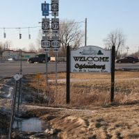 "37/68 ""Gateway""- welcome sign, Огденсбург"