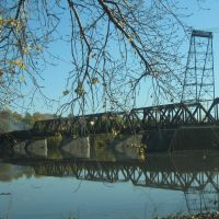 Railroad bridge over the Hudson in fall, Олбани